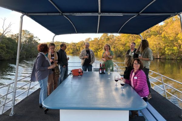 Blackwood River Houseboats Mingle Experience
