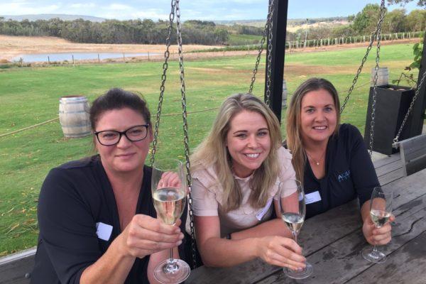 Jane Ashcroft (Aqua Resort), Amanda Keady (Swings), Zia Zwanenburg (Aqua Resort)